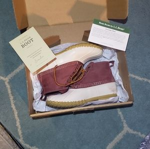 L. L. Bean small batch boots rare design size 9